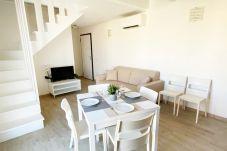 Appartamento a Trinità d´Agultu e Vignola - Affittimoderni Isola Rossa Borgo - IRMI06